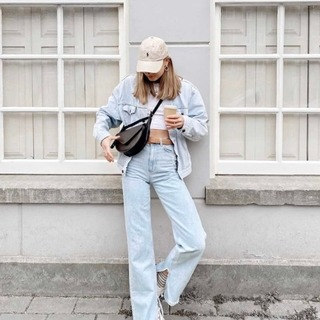 Casual chic – compliment your unique style with a premium, fair and timeless design  @s0phieramaekers is wearing our saddle bag Mavi in black              #Mavi #ZAMT #ZAMTberlin #sustainability #ecofriendly #sustainable #sustainableliving #sustainablefashion #slowfashion #consciousfashion #buylesswearmore #buylessbutbetter #qualityoverquantity #inspiration #berlinbrand #madeinberlin #design #fashion #baglovers #handmade #vegtanned #startup #bagdesign #productdesign #ethicalfashion #berlin #amsterdam #minimalist #madewithlove #supportsmalllabels  